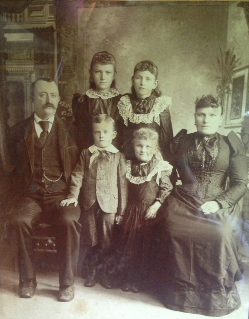 My great great grandfather Hans is the little boy pictured here. His parents Eggert and Rosa were the first Ofts to immigrate from Germany. They had five children Katy, Minna, Meta, Hans and Nancy (not pictured). And they are NOT SMILING!